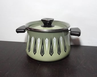 Vintage Avocado or Olive Green Small Stcock Pot with Black Handles and Retro Design - Mid Century Modern Retro Style Cookware
