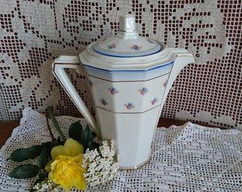 Porcelain coffee pot, mid century. CHAUVIGNY - FRANCE.