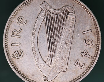 GENUINE 1942 Irish Ireland shilling EIRE Silver 0.750 coin *[11109]