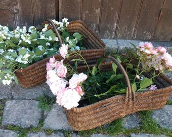 Amazing French vintage / antique wicker large gathering basket with wooden handle.
