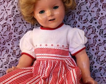 "Vintage 1940's Doll dress in Patriotic red & white Star spangled bodice and festive vintage print! For your 18 ""- 19""  Composition dolls FAB"