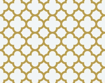 Sparkle Gold Quatrefoil Fabric - Riley Blake Fabric - Metallic Gold Quatrefoil on white