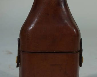 R1845 flask bottle with leather case