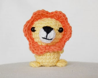 Tiny amigurumi lion / crocheted mini lion / little lion / amigurumi lion / tiny amigurumi animals / crochet lion /