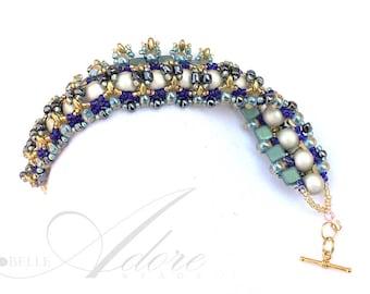 Fleur-de-Lis Bracelet in Blue and Green