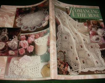 Afghan Crocheting Patterns Romancing the Rose Leisure Arts 3036 Crochet Pattern Leaflet Terry Kimbrough