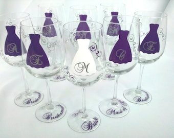 Set of 6 Bridesmaid wine glasses, set of 6 personalized wedding glass with monogram, Wedding party gift ideas. Plum purple, silver, white