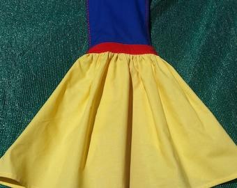 Snow White girls apron,