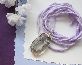 Druzy Geode Slice Necklace Silk, Small Silver Geode Necklace, Crystal, Silver Geode Slice, Silk Necklace, Natural Pendant, GSILK28
