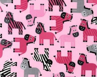 Robert Kaufman - Urban Zoologie Pink Zebra patchwork quilting fabric
