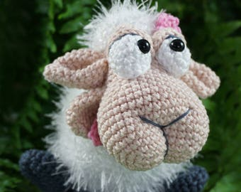 Amigurumi Crochet Pattern - Shelly the Sheep - English Version