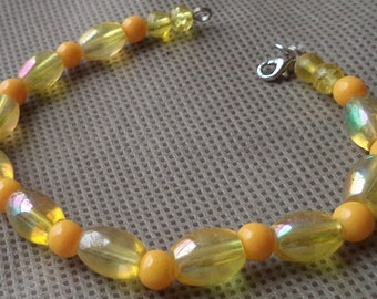 Bracelets for women, Beaded jewelry ,Hand made beaded bracelet,Gift under 10, Yellow bracelet , Gift for her, Mother's day gift ,