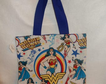Wonder Woman Retro Flannel Fabric Reusable Gift Tote Bag in Red or Blue