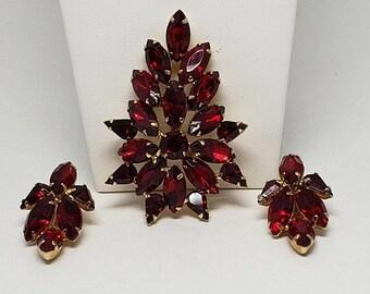 30% Off Sale Tammy Jewels Red Rhinestone Pin Earrings Vintage Brooch