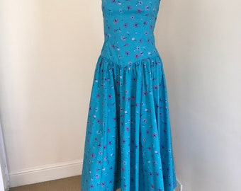 Vintage Laura Ashley Turquoise Floral Print Summer Dress. Size 12