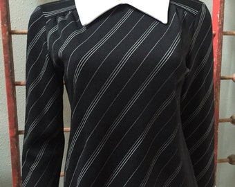 Fun 70's black and white handmade polyester long sleeve top with zipper back / size medium