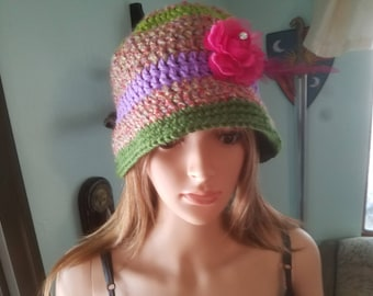 Multicolored cloche hat with detachable flower