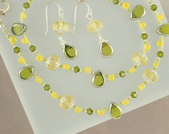 Citrine Necklace, Delicate Necklace, Green Necklace, Seed Bead Necklace, Unique Jewelry, Yellow, Pastel Necklace, Lime Green Jewelry