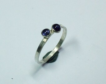 Silver ring with two iolite Edelsteentjes of 4 mm size 19