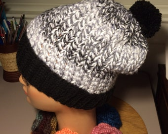 Crochet black and white beanie/slouchy hat