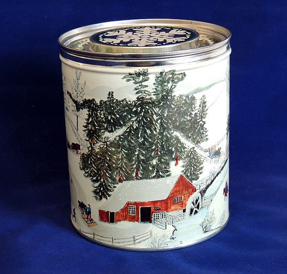 Vintage Mid Century 1950's Litho SPRY SHORTENING tin can.. Grandmas Moses Design