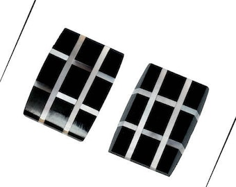 A rectangular cabochon, natural, black & white shell, 18 x 13 mm, 2.4 mm thick