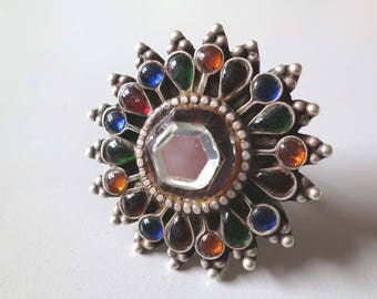 Old India silver and glass flower finger ring multi color US size 8 Tribal jewelry.