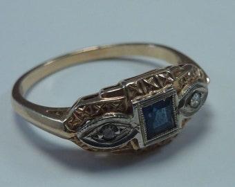 1.9 Gram 14K Yellow Gold Sapphire and Diamond Ring size 7