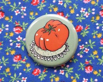Heirloom Tomato Button