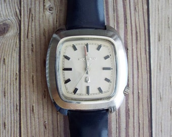 Vintage Bulova Accutron Wrist Watch by avintageobsession on etsy...20% Discount