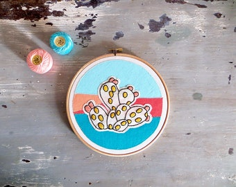Hoop  Cactus, Embroidery art, Embroidery illustration, Modern wall hanging, modern embroidery, hoop art