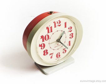 Vintage Red White Alarm Clock Manual Wind Up Mechanical Clock 70s