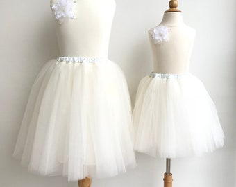 Mother and daughter  matching skirts.  Mommy and me matching tutu. Mommy and me matching outfits.