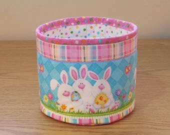 Quilted Easter Bowl (EbowlG) Bunny Rabbits