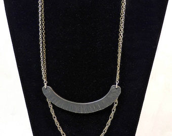 Textured Arc Necklace and Earring Set - 3 Chain