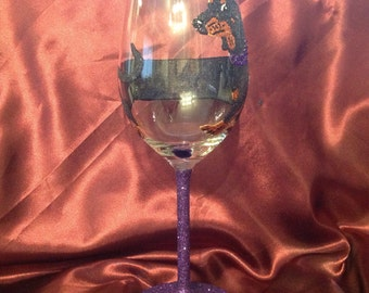 Daschund/sausage dog design glitter glass