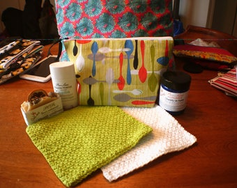 """Kit """"pattern teaspoons green background, toiletry bag, makeup, spoons green pouch, recycled fabric, great practical Kit"""""""