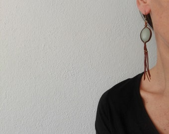 Ethnic earrings oily leather and natural stone