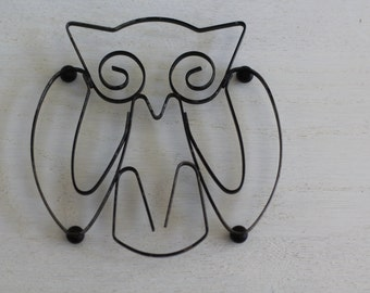 Vintage metal owl trivet