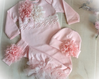 Newborn Girl Coming Home Outfit, Newborn Girl Gown, Pink Coming Home Outfit, Baby Girl Take Home Outfit, Newborn Girl Layette