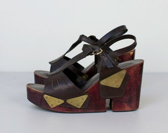 1970s Platform Heels / 70s T-Strap Wood and Leather Shoes