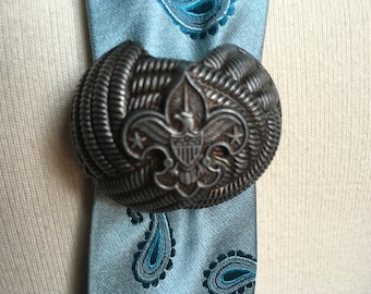 Vintage Boy Scout Neckerchief Holder Bolo Tie Clasp Eagle Insignia Boy Scouts of America Metal Knot Holder Slide BSA Scouting Collectible