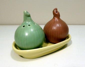 Onion and garlic cruet/salt & pepper set – original from the 1970s