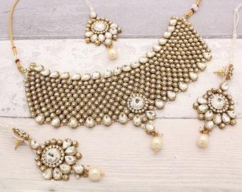 Gold Indian Bollywood Choker Necklace Set with Earrings, Tikka Headpiece & Jhoomer Bridal Wedding