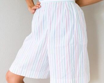 Amazinggg Vintage 80s High Waisted White Pastel Rainbow Pin Stripe Bermuda Shorts Size 16 Large L Extra Large XL Waist 30 inches