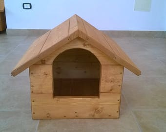 Kennel dogs/cats in wood