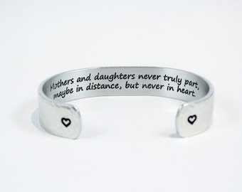 Mother of the Bride / Daughter Gift / Mother's Day Gift - Mothers and daughters never truly part, maybe in distance, but never in heart