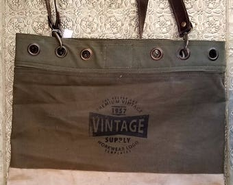 Vintage Addiction Shoulder Bag