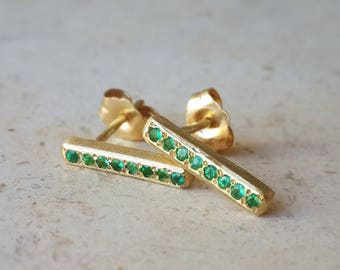 Bar Stud Earrings in 18k Solid Gold with Emeralds . Linia Studs . Gold Line Earrings . Valentine's Day Gift . Emerald Studs. Minimalist Chic