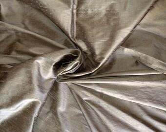 Silk Dupioni in Vegas Gold , fat quarter - D 79